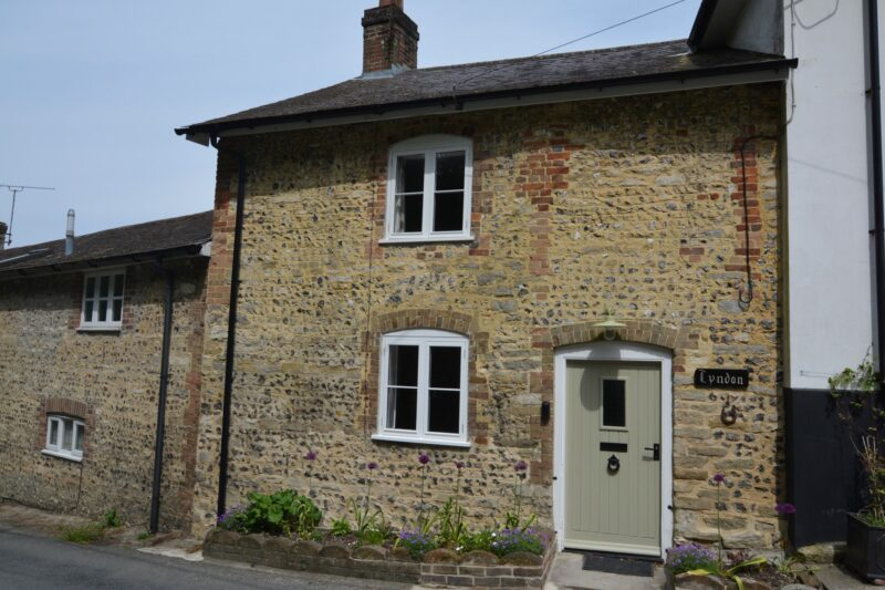 A warm welcome awaits in this pretty stone cottage
