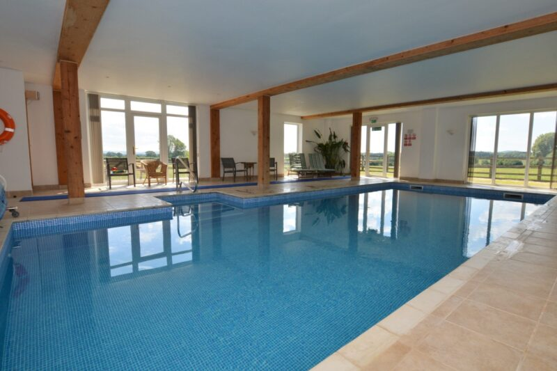 Shared indoor leisure pool